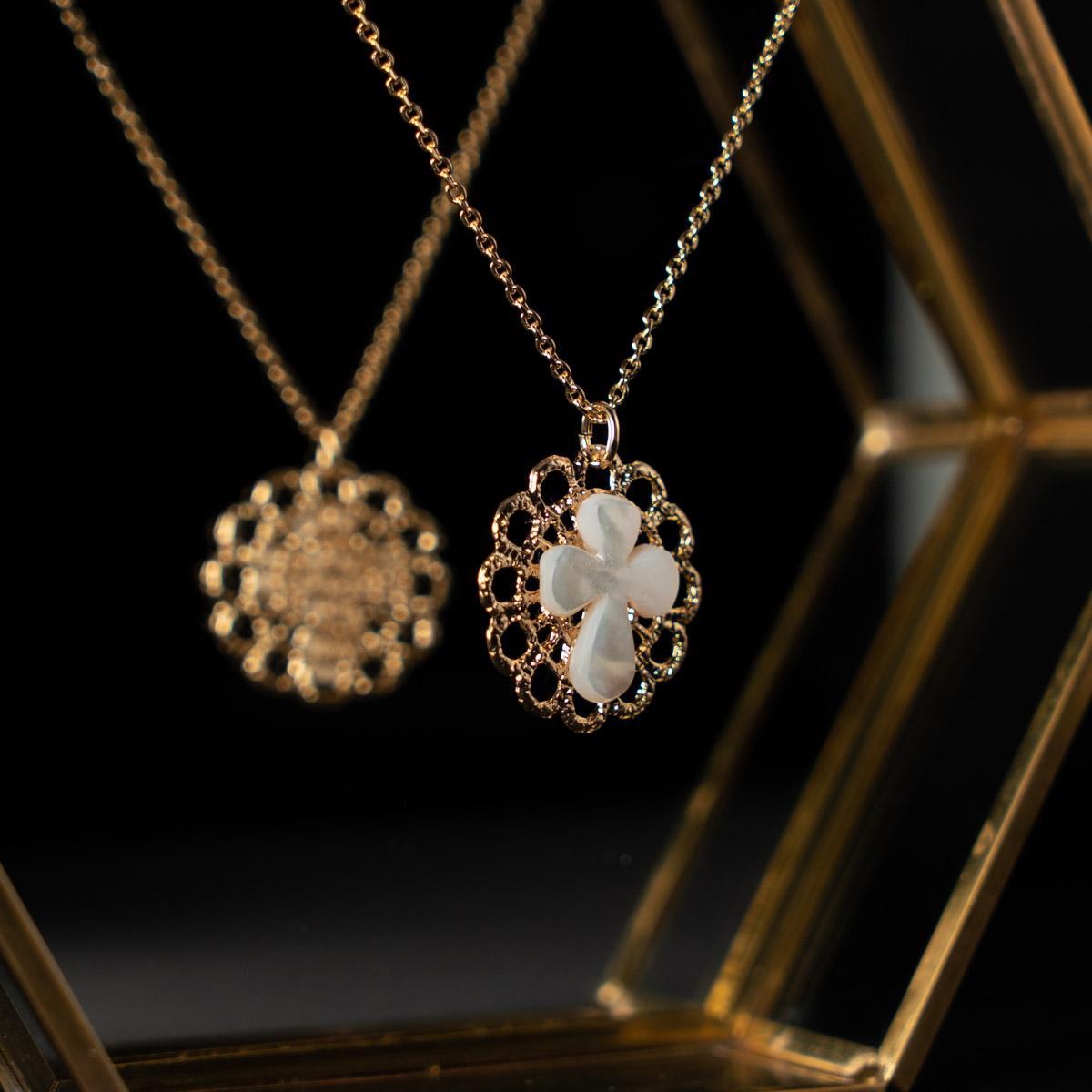 CoeurEnvie - croix nacre or - bijoux