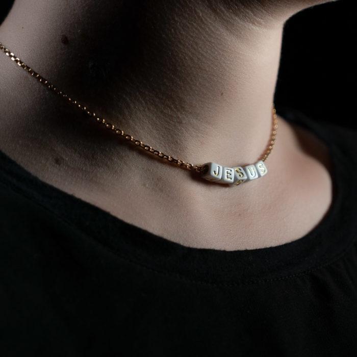 Coeur Envie - jesus acidulés perle blanc or chaine - bijoux